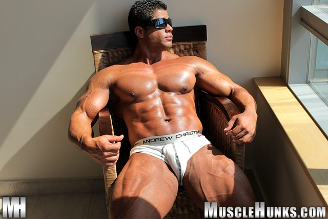 brutus di fino at Muscle Hunks download full movie torrents