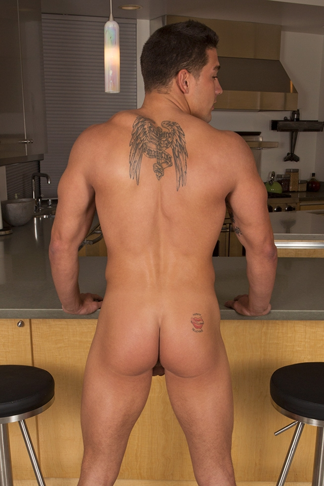 SeanCody-Smooth-muscle-Tommy-08-gay-porn-pics-photo