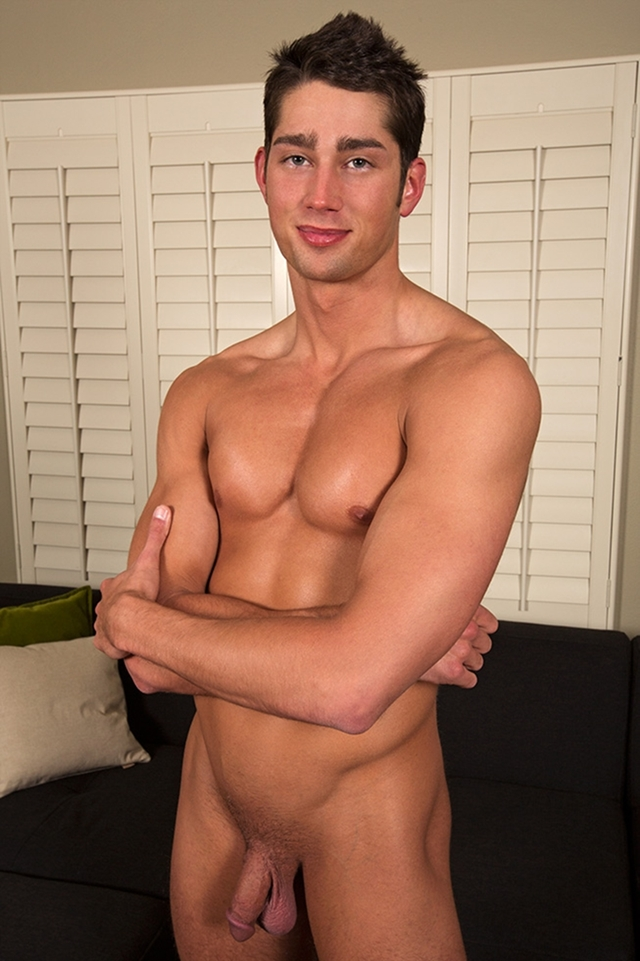 seancody-adorably-dorky-will-02-gay-porn-movies-download-torrent-photo