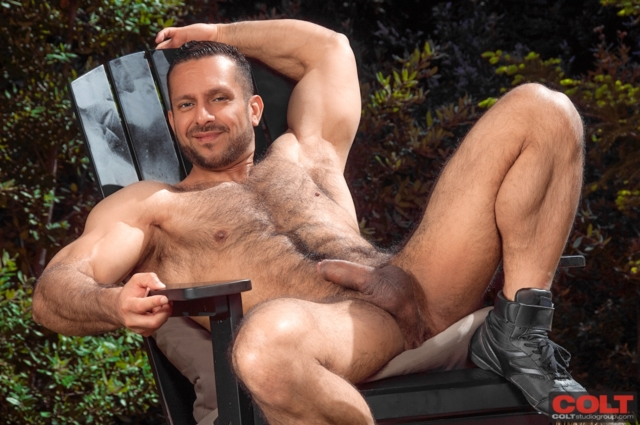 Adam-Champ-and-JR-Bronson-Colt-Studios-gay-porn-stars-hairy-muscle-men-young-jocks-huge-uncut-dicks-01-pics-gallery-tube-video-photo