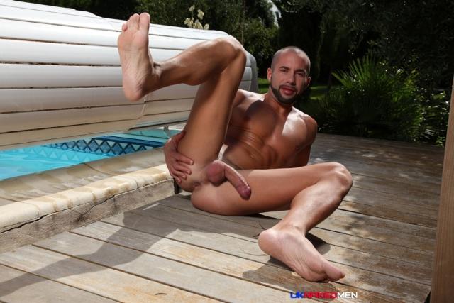 Craig-Farrel-and-Delta-Kobra-UKNakedMen-hairy-young-men-muscle-studs-British-gay-porn-English-Guys-Uncut-Cocks-03-gallery-video-photo - copia
