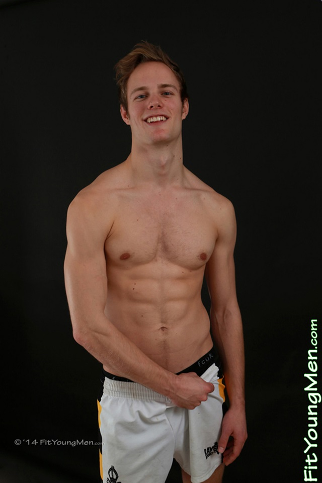Nude-Young-Sportmen-stripped-naked-mm00448-fit-young-men-jon-wright-gallery-video-photo