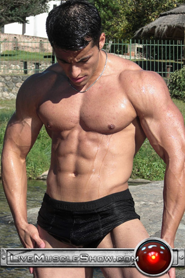 Benjamin-Jackson-Live-Muscle-Show-Gay-Porn-Naked-Bodybuilder-nude-bodybuilders-gay-fuck-muscles-big-muscle-men-gay-sex-003-gallery-video-photo