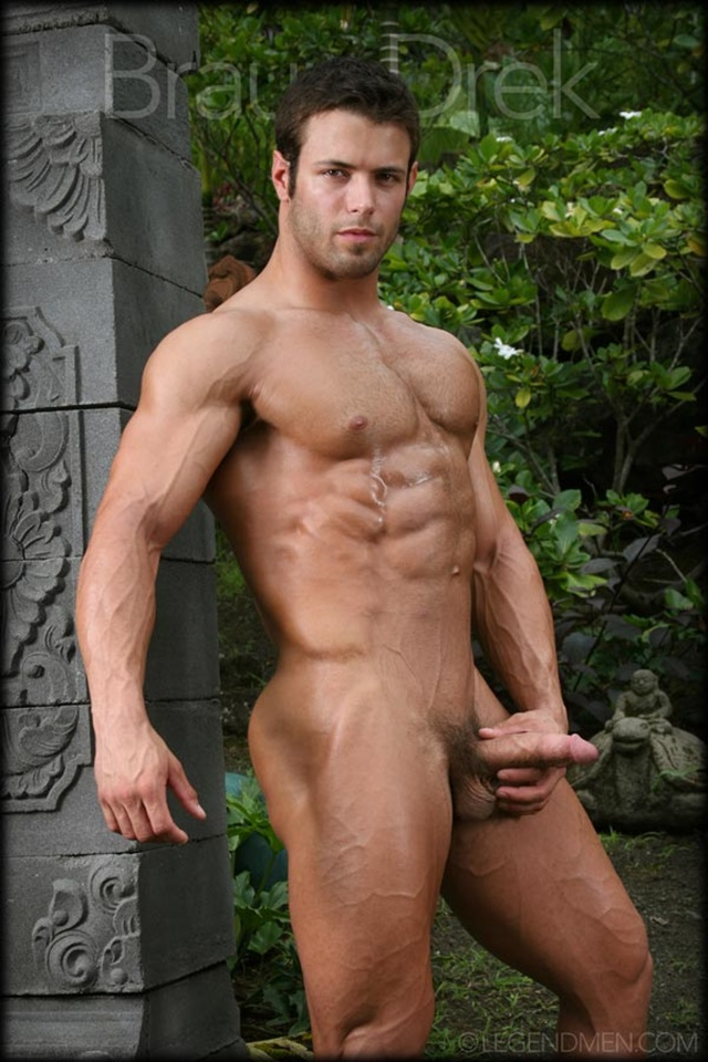 Braun-Drek-Legend-Men-Gay-Porn-Stars-Muscle-Men-naked-bodybuilder-nude-bodybuilders-big-muscle-huge-cock-012-gallery-video-photo
