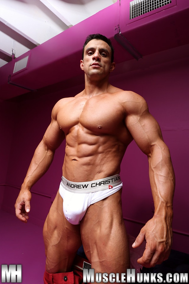 Macho-Nacho-Muscle-Hunks-nude-gay-bodybuilders-porn-muscle-men-muscled-hunks-big-uncut-cocks-nude-bodybuilder-006-gallery-photo