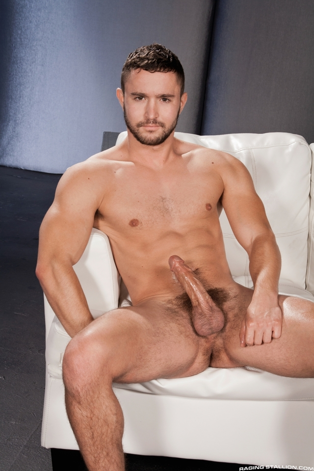 Raging-Stallion-naked-muscle-men-Colt-Rivers-Chris-Bines-slaps-cheeks-plump-smooth-ass-plenty-verbal-020-male-tube-red-tube-gallery-photo