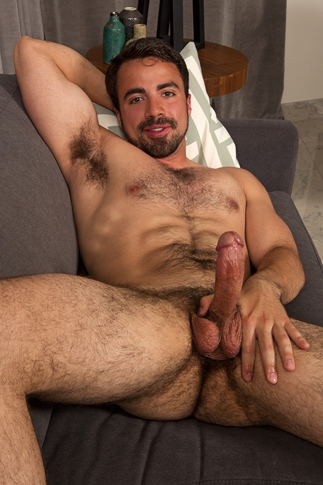 Free hairy gay men pictures