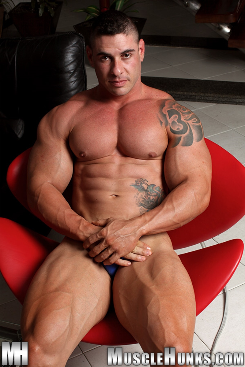 MuscleHunks-Huge-muscled-naked-bodybuilder-Brian-Gunns-g-string-Tattoo-oiled-muscular-torso-underwear-big-bubble-butt-meaty-ass-cheeks-006-tube-download-torrent-gallery-photo