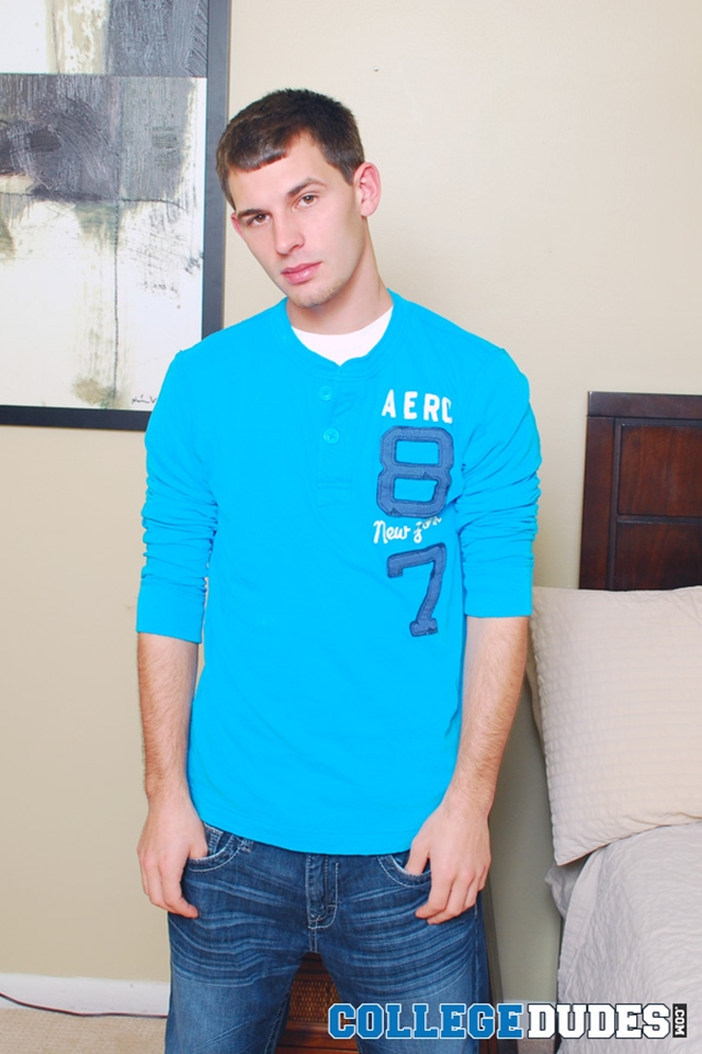Hot young dude Brighton Cross jerks out a load at College Dudes