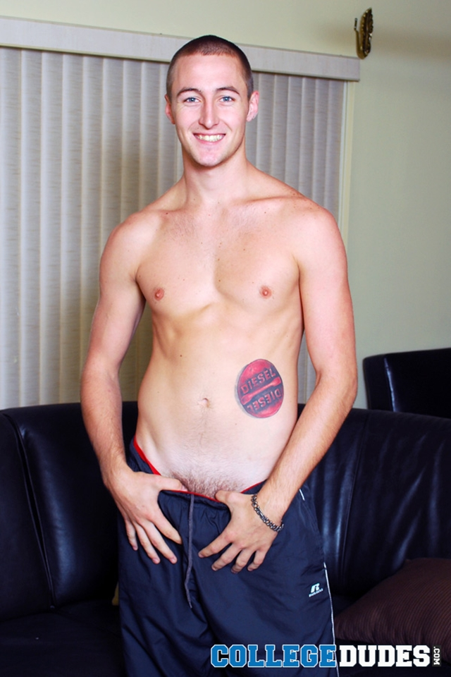 Naked college stud Dale Keeling busts a nut