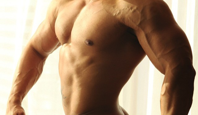 Hector now in full frontal nude at Paragon Men