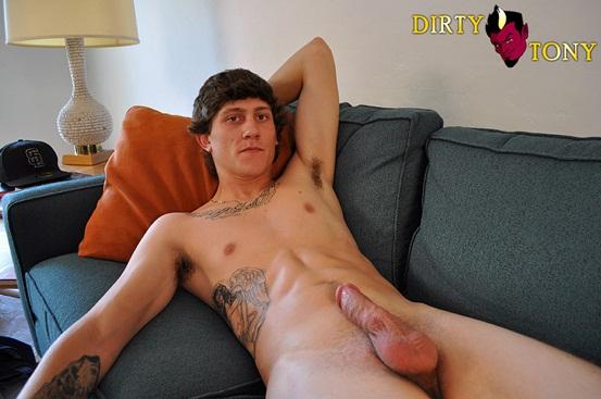 Hot straight boy Jake Breeze jerks 3 huge streams of cum onto his pecs