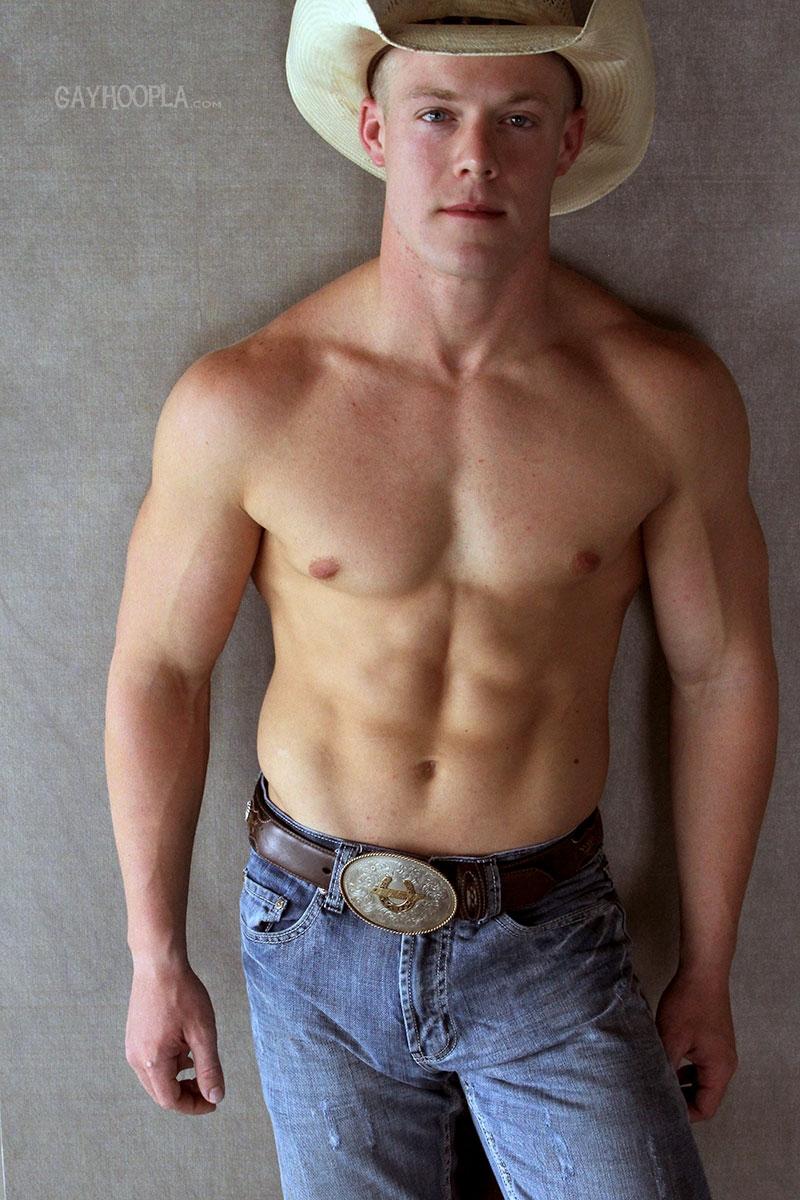 gayhoopla  Gay Cowboy Colt McClaire