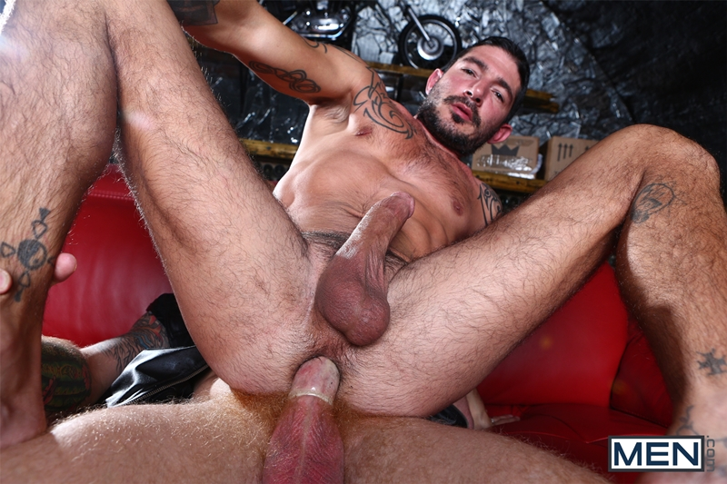 men  Bennett Anthony fucks gay porn star Johnny Hazzards tight ass