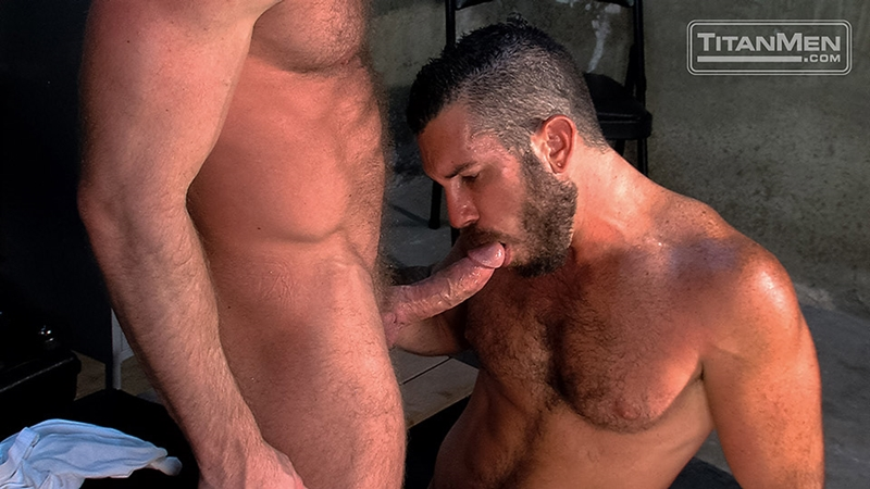 TitanMen-Hunter-Marx-fucks-Damien-Stone-licking-butthole-muscle-bottom-stud-hairy-asshole-rimming-cocksucking-009-tube-video-gay-porn-gallery-sexpics-photo
