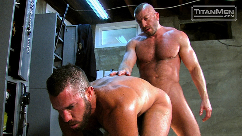 TitanMen-Hunter-Marx-fucks-Damien-Stone-licking-butthole-muscle-bottom-stud-hairy-asshole-rimming-cocksucking-012-tube-video-gay-porn-gallery-sexpics-photo