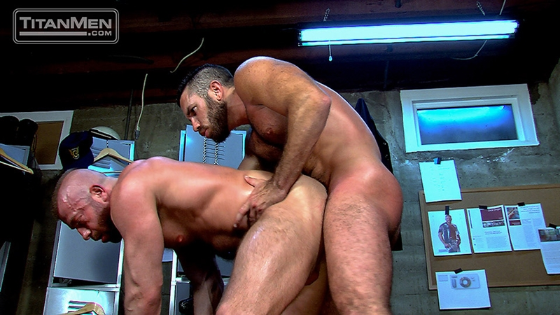 TitanMen-Hunter-Marx-fucks-Damien-Stone-licking-butthole-muscle-bottom-stud-hairy-asshole-rimming-cocksucking-016-tube-video-gay-porn-gallery-sexpics-photo