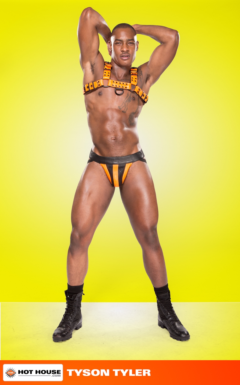 Hothouse-Hottest-power-bottom-Johnny-V-top-stud-Tyson-Tyler-002-tube-video-gay-porn-gallery-sexpics-photo
