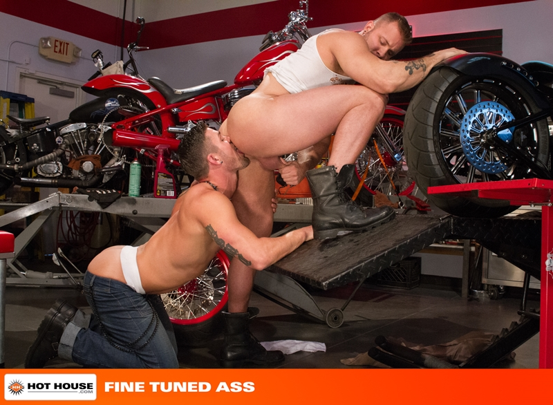 Hothouse-stud-Austin-Wolf-fucksRyan-Rose-bubble-butt-naked-muscle-men-huge-dick-ass-fucking-ripped-abs-hairy-nipple-009-gay-porn-video-porno-nude-movies-pics-porn-star-sex-photo