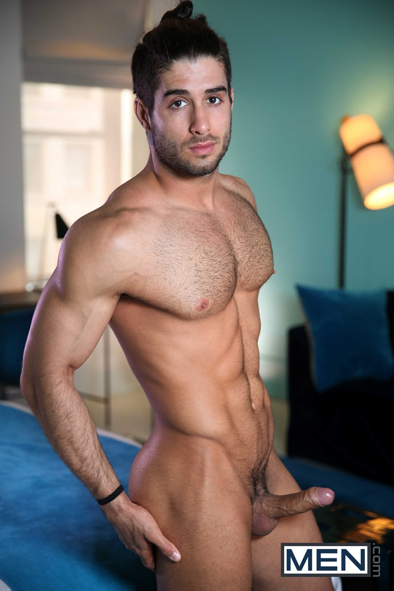 hot nude gay hunk