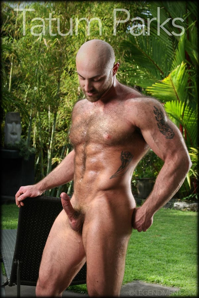 LegendMen-big-muscle-naked-bodybuilder-Tatum-Parks-muscle-men-hairy-chested-v-shaped-ripped-abs-fucker-top-man-huge-muscle-dick-003-gay-porn-video-porno-nude-movies-pics-porn-star-sex-photo