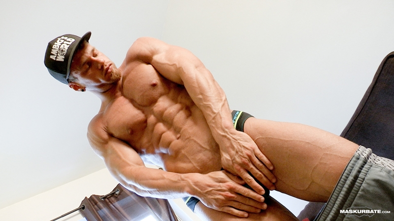 Maskurbate-naked-muscle-man-Brad-bodybuilding-sex-toy-Reality-ripped-six-pack-abs-huge-cock-vibrator-veiny-muscled-dry-jerking-004-gay-porn-video-porno-nude-movies-pics-porn-star-sex-photo