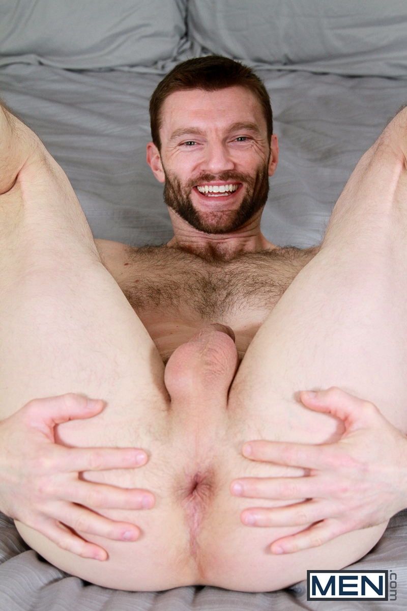 Free pictures of hairy nude men
