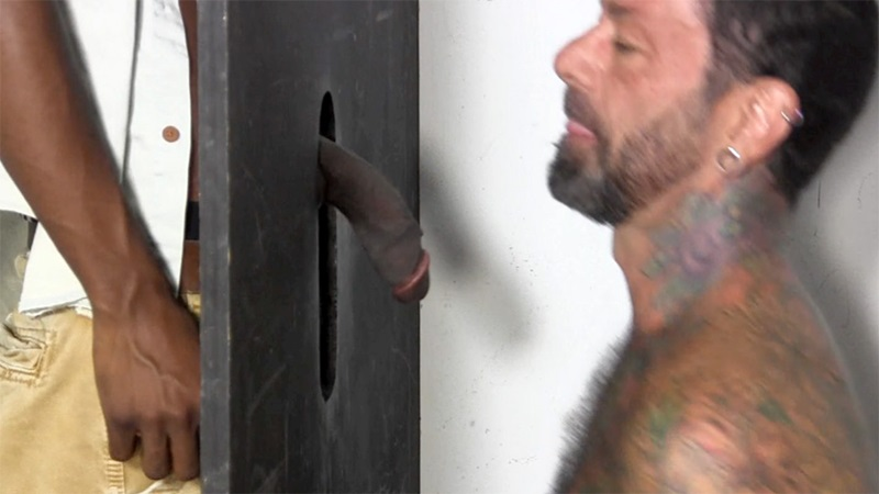 StraightFraternity-straight-ebony-hunk-blackdick-Joey-horny-men-blowjob-deep-throat-big-black-cock-gloryhole-sucking-cocksucker-02-gay-porn-star-sex-video-gallery-photo