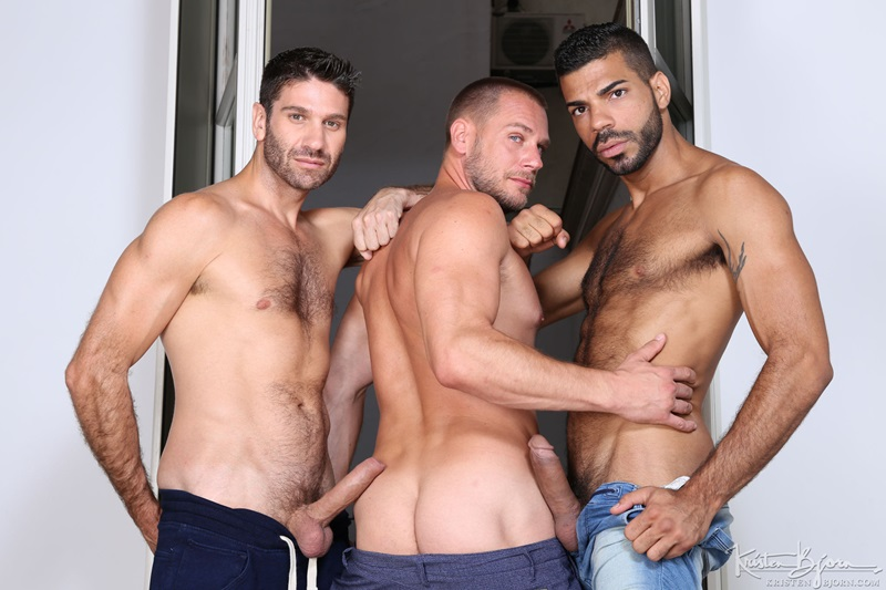 Horny bareback fucking threesome Daniel Craig, Hugo Arenas and Hans Berlin