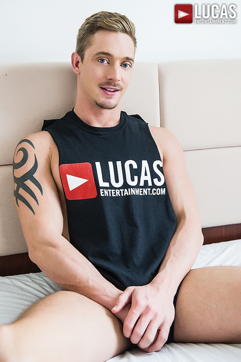 LucasEntertainment-sexy-naked-muscle-tattoo-men-Sergeant-Miles-uncut-Aussie-huge-cock-versatile-flip-flop-fucking-Michael-Lachlan-butt-05-gay-porn-star-sex-video-gallery-photo