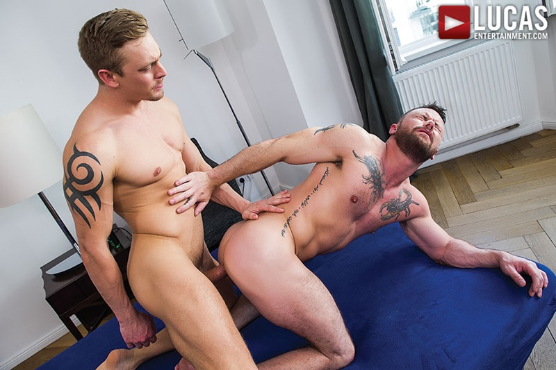 LucasEntertainment-sexy-naked-muscle-tattoo-men-Sergeant-Miles-uncut-Aussie-huge-cock-versatile-flip-flop-fucking-Michael-Lachlan-butt-23-gay-porn-star-sex-video-gallery-photo
