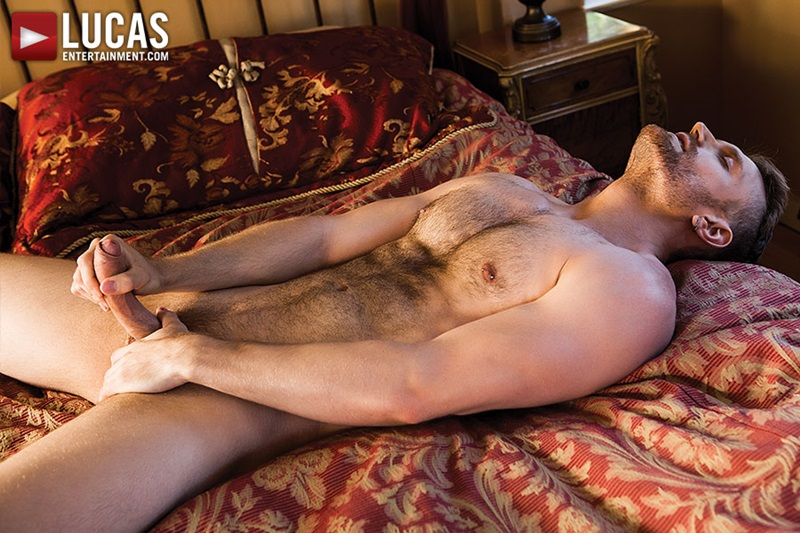 LucasEntertainment-naked-sexy-nude-boyfriend-Evan-Lance-bareback-fucking-Spencer-Whitman-Raw-Load-huge-cock-breeds-ass-hole-03-gay-porn-star-sex-video-gallery-photo