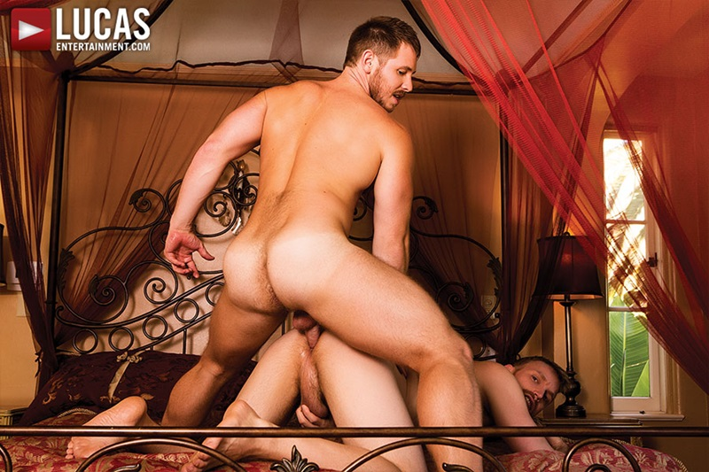 LucasEntertainment-naked-sexy-nude-boyfriend-Evan-Lance-bareback-fucking-Spencer-Whitman-Raw-Load-huge-cock-breeds-ass-hole-23-gay-porn-star-sex-video-gallery-photo