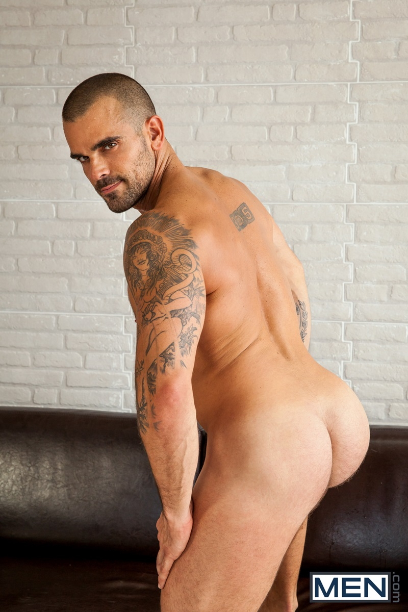 Men-com-tattoo-muscle-stud-Damien-Crosse-huge-thick-long-cock-fucks-Gabriel-Cross-hot-bubble-butt-plows-cocksucking-ass-rimming-09-gay-porn-star-sex-video-gallery-photo