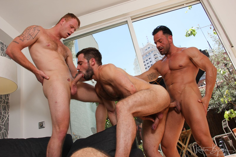 KristenBjorn-Alex-Brando-naked-big-muscle-bodybuilder-Jose-Quevedo-Tom-Vojak-smooth-muscles-huge-thick-long-uncut-cock-sucking-heaven-hairy-ass-004-gay-porn-tube-star-gallery-video-photo