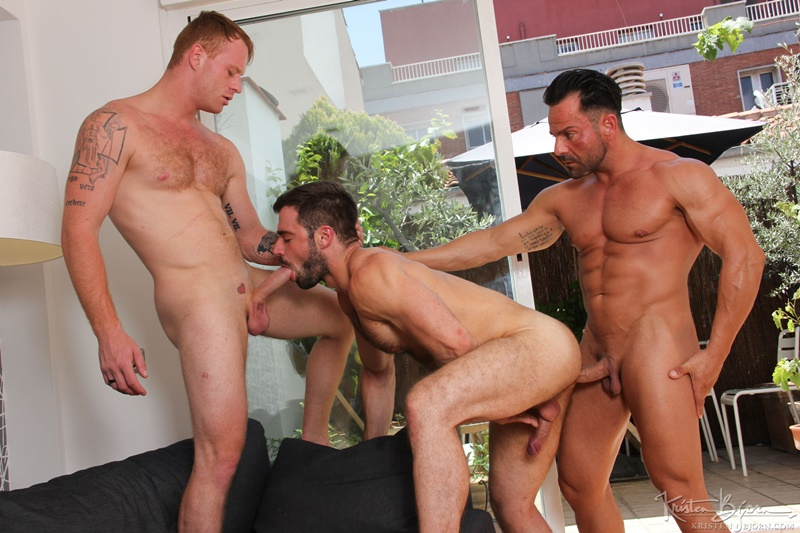 KristenBjorn-Alex-Brando-naked-big-muscle-bodybuilder-Jose-Quevedo-Tom-Vojak-smooth-muscles-huge-thick-long-uncut-cock-sucking-heaven-hairy-ass-011-gay-porn-tube-star-gallery-video-photo