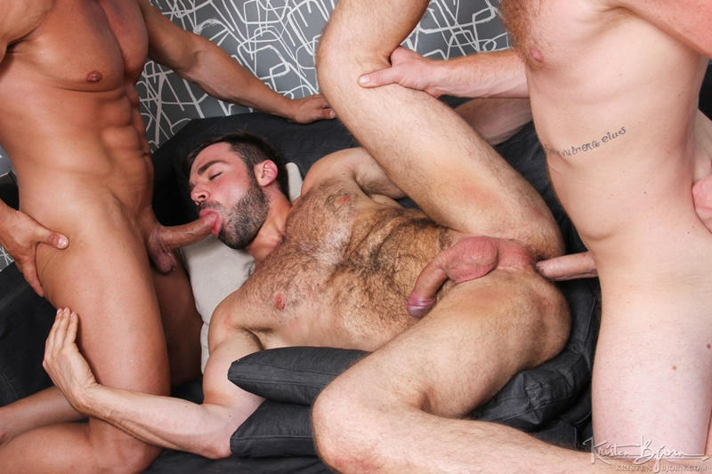 KristenBjorn-Alex-Brando-naked-big-muscle-bodybuilder-Jose-Quevedo-Tom-Vojak-smooth-muscles-huge-thick-long-uncut-cock-sucking-heaven-hairy-ass-018-gay-porn-tube-star-gallery-video-photo