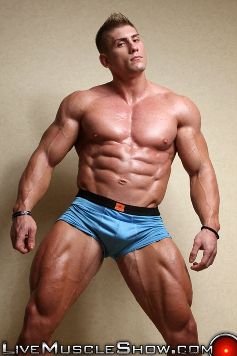 Bodybuilders with huge cocks porn photographs