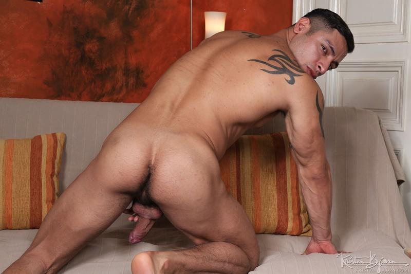KristenBjorn-worlds-hottest-naked-muscle-men-gaysex-threesome-Julio-Rey-Rado-Zuska-Tom-Vojak-uncut-big-raw-cock-sucking-anal-rimming-fucking-009-gay-porn-sex-gallery-pics-video-photo