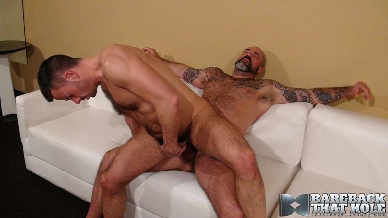 bareback that hole  Scotty Rage and Nick Tiano