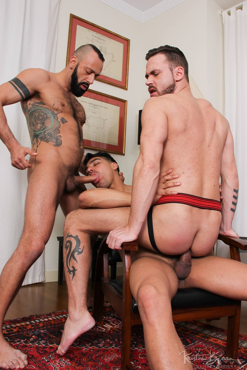 kristenbjorn-naked-big-muscle-men-salvador-mendoza-alberto-esposito-logan-moorehuge-thick-european-uncut-dicks-anal-rimming-raw-fucking-003-gay-porn-sex-gallery-pics-video-photo
