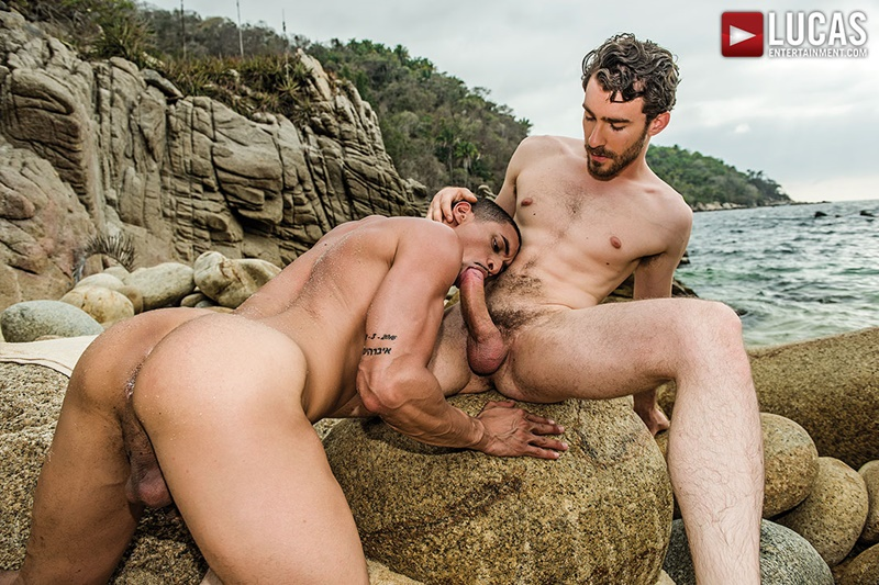 Sexy muscle hunk Ibrahim Moreno loves getting his ass fucked by Philip Zyos' huge cock