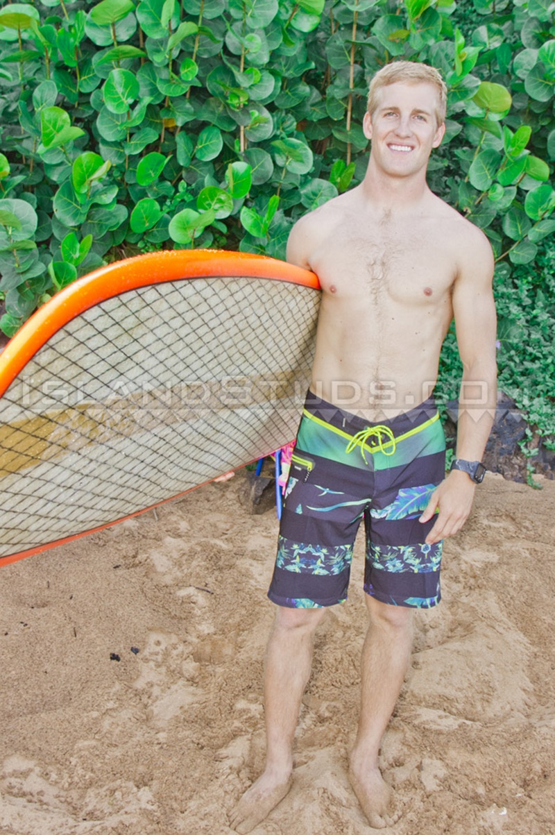islandstuds-sexy-naked-dude-nyles-athletic-body-white-surfer-bubble-butt-jerks-big-dick-doggy-style-low-hanging-balls-006-gay-porn-sex-gallery-pics-video-photo