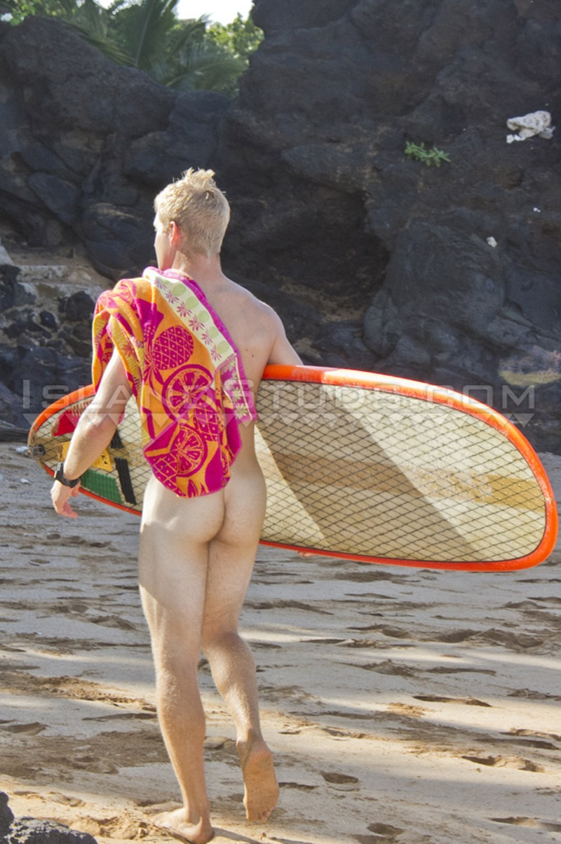 islandstuds-sexy-naked-dude-nyles-athletic-body-white-surfer-bubble-butt-jerks-big-dick-doggy-style-low-hanging-balls-011-gay-porn-sex-gallery-pics-video-photo