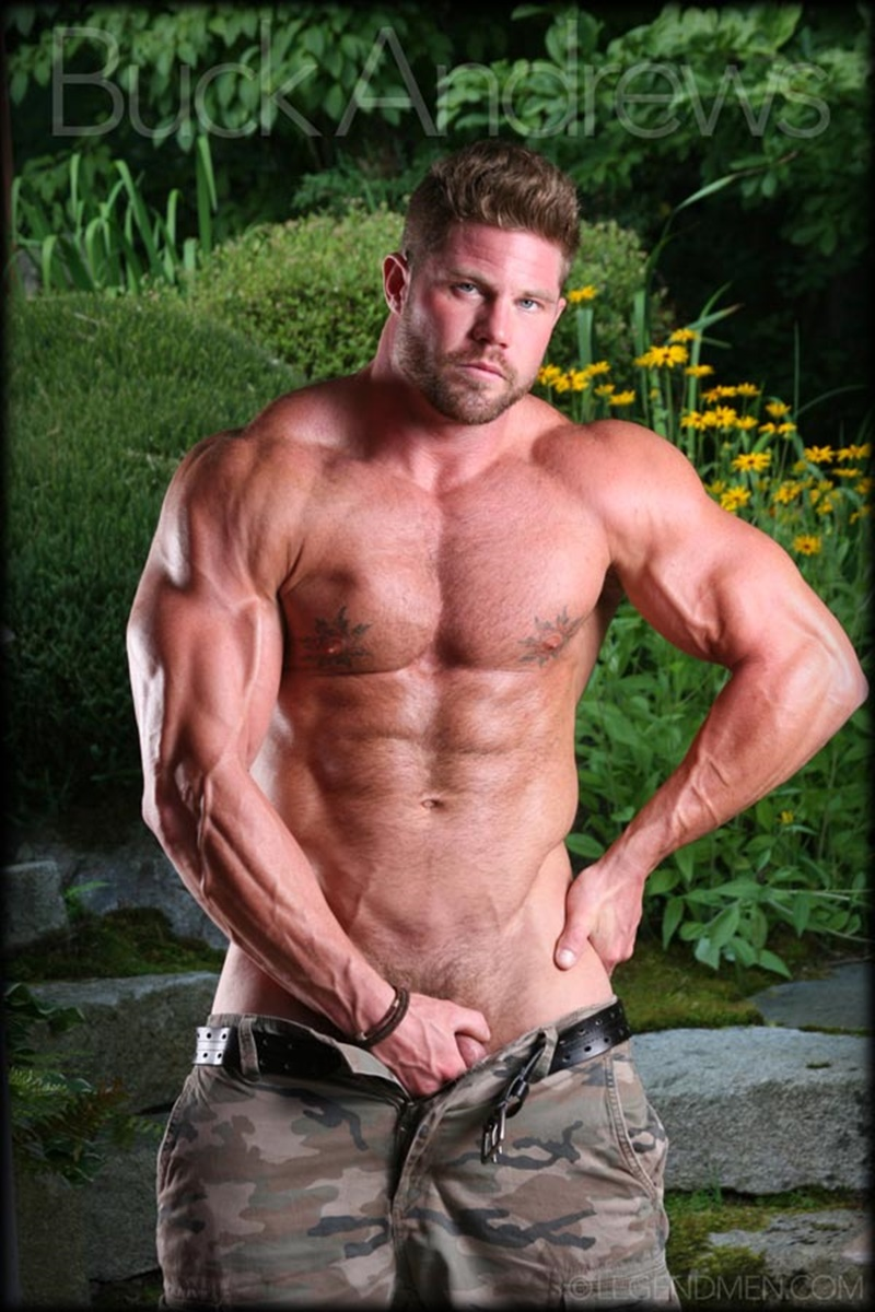Legend Men sexy naked big muscle hunk Buck Andrews stripped and jerks his huge muscle dick