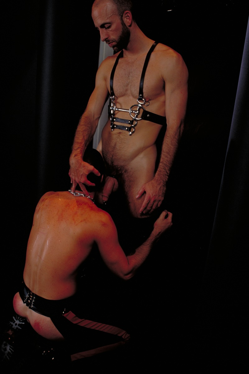 clubinfernodungeon-prince-albert-justin-southall-scott-samson-leather-fetish-fisting-anal-sex-buttplay-hairy-tattoos-bareback-sling-007-gay-porn-sex-gallery-pics-video-photo
