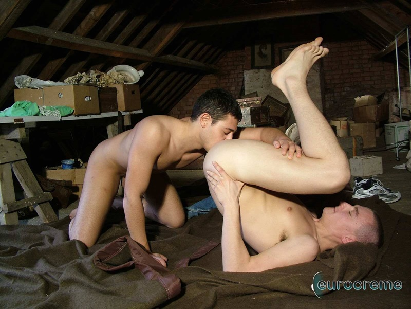 Anthony Flamand's huge cock sucked hard by Ricky Jackson before they flip flop fuck