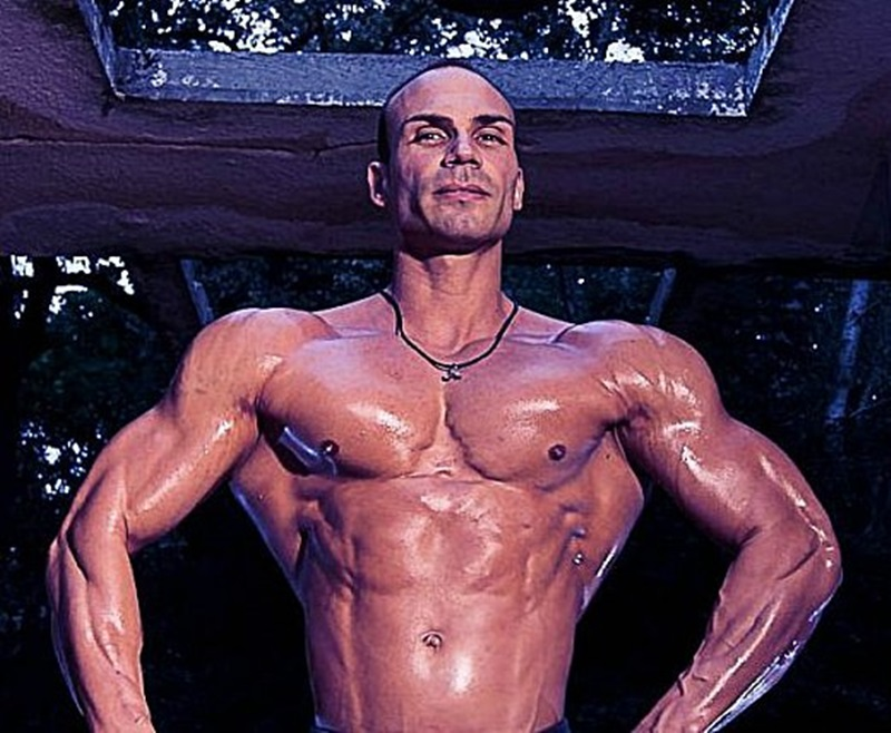 JockMenLive-Lex-Harris-bodybuilder-champion-Ripped-young-daddy-type-flex-competition-weight-lifter-bulk-bodybuilding-natural-muscled-hunk-005-gay-porn-sex-porno-video-pics-gallery-photo