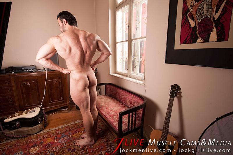 jockmenlive-jock-men-live-muscle-show-steve-bulk-massive-muscle-bodybuilder-naked-muscleman-huge-arms-lats-ripped-abs-005-gay-porn-sex-gallery-pics-video-photo