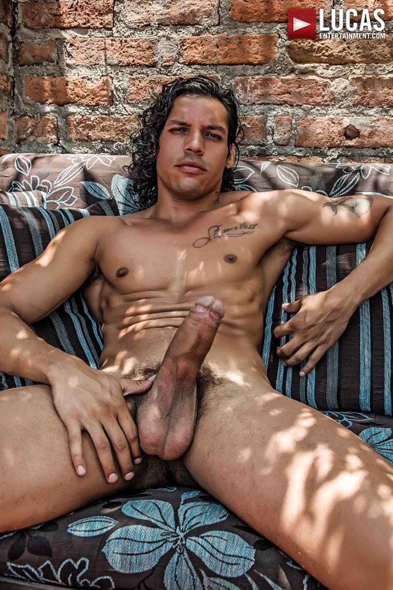 lucasentertainment-ripped-naked-muscle-hunks-james-castle-bottoms-alejandro-castillo-big-uncut-cock-bubble-butt-ass-fucking-anal-002-gay-porn-sex-gallery-pics-video-photo